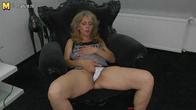 Allintern Cindy bokep indo sex xxx bubble memiliki tulang ganda dan cumshot internal.