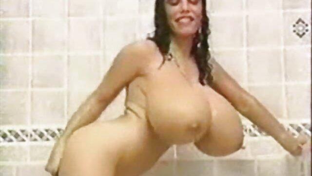 Sexy petualangan dengan seorang gadis keriting Ryan keely indo video xxx