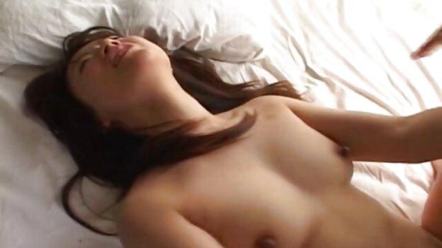 Saluran MILF Kanada Bianca ke video sex gratis indonesia kantor