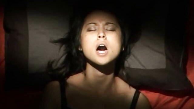 sayang, si rambut coklat video sex gratis indonesia menjadi kacau.